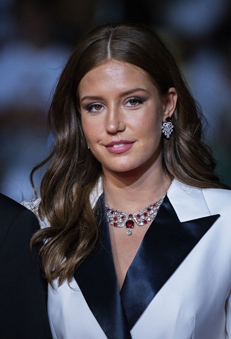Adele Exarchopoulos with long hair