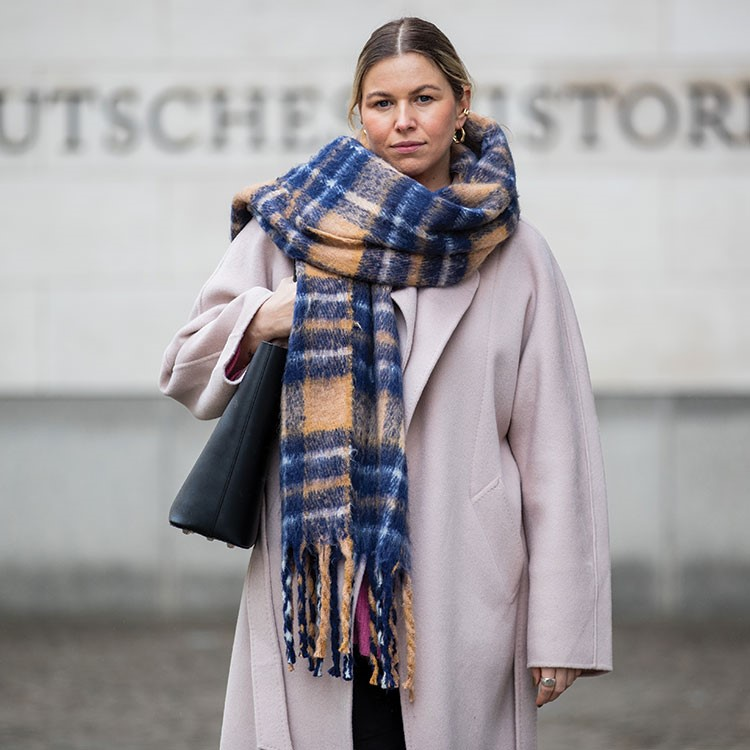 a person wearing a scarf