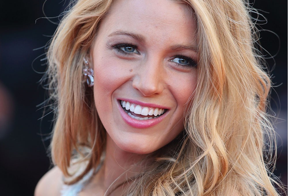 Blake Lively with blonde hair